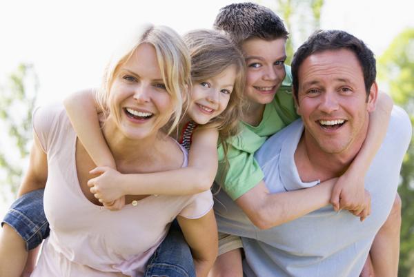 20 طريقة تظهر بها لأولادك أنك تحبهم