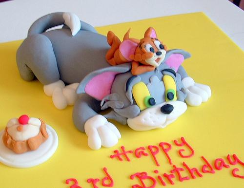 طريقة عمل كعكة توم وجيرى ( Tom and Jerry Cake )