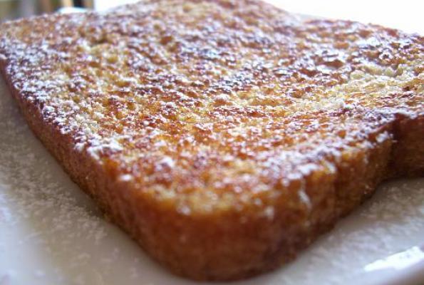 الخبز والشوكولاته الساخنة مع الفانيلا